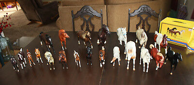 21 Breyer Horses Lot ~ Vintage Very Good to Excellent Condition Traditional