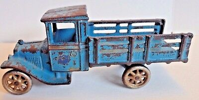"""ARCADE All Original Cast Iron Antique Ford Cast Iron Toy 6 3/4"""" Stake Truck"""
