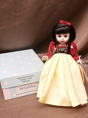 Madame Alexander ~ STORYBOOK SNOW WHITE ~ 64565 Disney Storyland