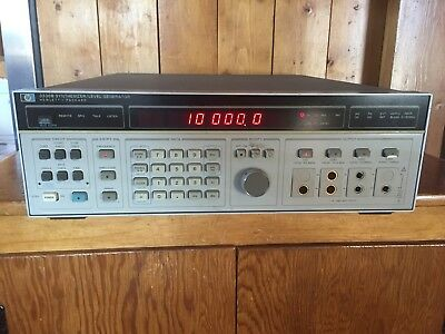 HP 3336B Synthesizer Signal Level Generator  hewlett packard test equipment