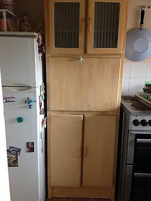 Vintage Kitchen Cabinet / Kitchenette