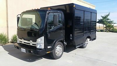 Commercial - 2008 GMC 5500HD  6 Bay Beverage Delivery Truck