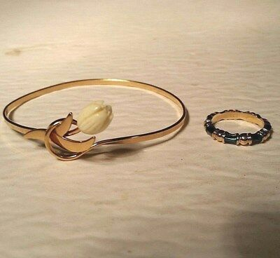 2 pc retro vtg Avon gold tone costume jewelry Faux Ivory Tulip Bracelet & Ring