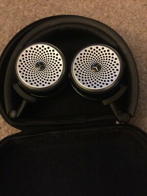 Mercedes Benz Akg P104 Wireless Headphones