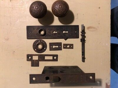 Antique Eastlake Door Knob Set Plates Lock Key Ceylon