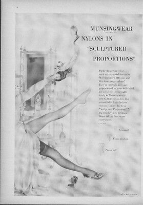 1948 Munsingwear Nylons Women's Stockings Sexy Legs Sculptured Proportions Ad