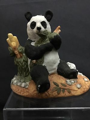 PANDA Figurine Home Decor Collectible Royal Heritage Porcelain Sculpture Bamboo