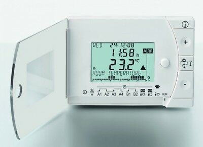 Siemens REV13 Daily programmable  digital  room thermostat