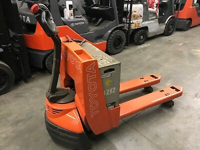 2011 Toyota BUDGEDForklift/Pallet Jacks-4500 Pound-WE WILL SHIP!LOS ANGELES AREA