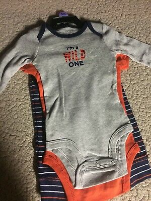 Carter's new with tags long and short sleeved 2 bodysuit/pant set 3 months