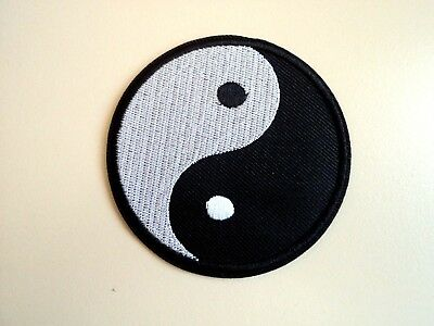 1x Yin Yang Hippie Patch Embroidered Cloth Patches Applique Badge Iron Sew On 1