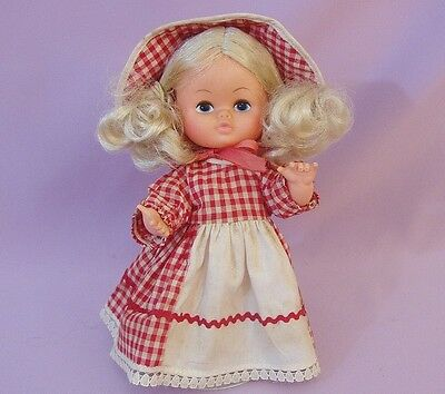 """9"""" CHILD GIRL DOLL  1960s - 70s   Made in HONG KONG"""