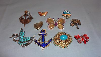 Job Lot / Collection Of 10 Ladies Costume Jewellery Brooches - Lot 1