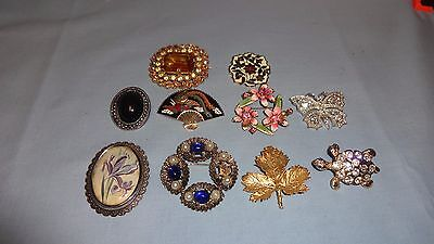 Job Lot / Collection Of 10 Ladies Costume Jewellery Brooches - Lot 3