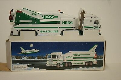 NEW OLD STOCK 1999 HESS Toy Truck and Space Shuttle with Satellite SHIPPING