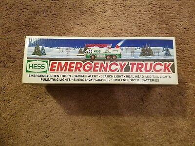 1996 Hess Emergency Truck With Siren and flashing lights NEW original packing