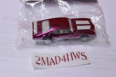 2011 Hot Wheels BAGGIE CAR RLC 25th Convention Nationals PINK Olds 442