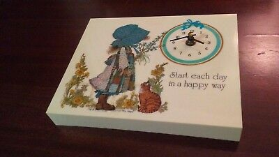 HOLLY HOBBIE Battery Operated Wall Clock -- Vintage --