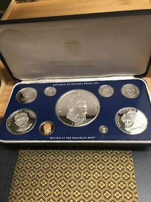 1976 Republic Of Panama Proof Coin Set With Display Case No Reserve