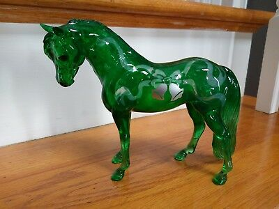 Breyer Emerald clearware Bouncer 350 pcs. gorgeous!