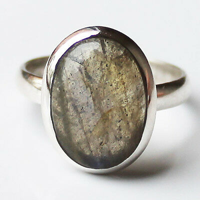 100% 925 Solid Sterling Silver Oval Labradorite Stone Ring - Size 8