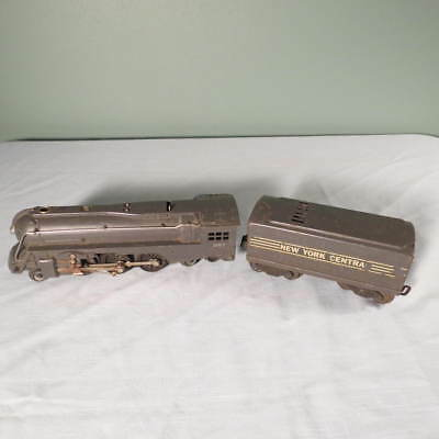 Vintage Lionel New York Central O Scale Whistling Tender and Engine 221
