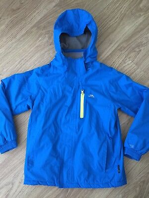 Trespass Kids Blue Coat. Age 9 - 10. Waterproof. Fleece Lining