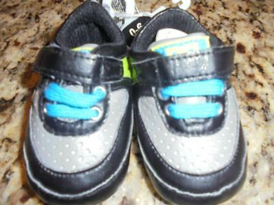 Infant boys DC shoes black/gray size 0-6 months new with tags ~ low fast shiping