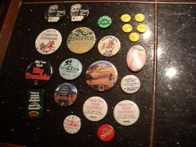 22 Tin Litho Pins From 70S And 80S Pop Culture Movie Video Games Pol.. Ect