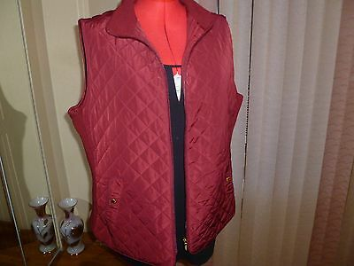 NWT Cambridge Dry Goods Lightly Padded Quilted Vest 2 Packets in Vine size 2X.