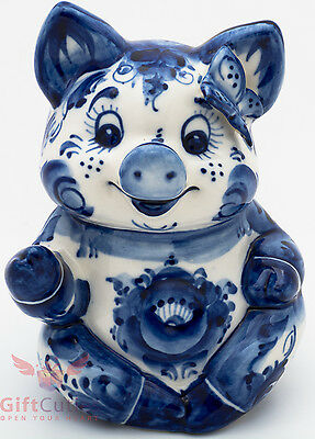 Porcelain Cute Pig w butterfly on top Figurine Gzhel  hand-painted handmade