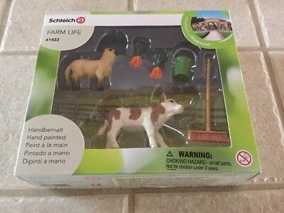 Schleich Farm Life 41422 Stable Cleaning Kit Lamb Calf Carrots Broom Bucket NEW