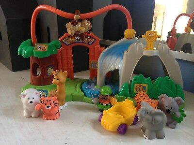 Fisher Price Little People Surprise Sound Zoo Play Set w/ 7 Animals Zookeeper