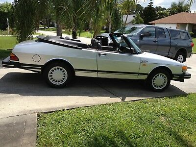 1986 Saab 900 2-door convertible 1986 Saab 900 Turbo Convertible
