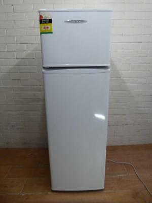 Vg Fisher & Paykel Perfect Apartment Size Fridge Freezer 248Ltr Left Opening