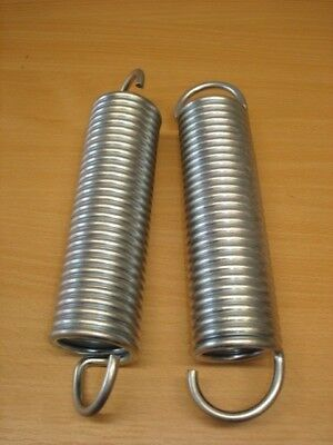Pack of 2 heavy duty steel tension springs (200mm long x 60mm wide)