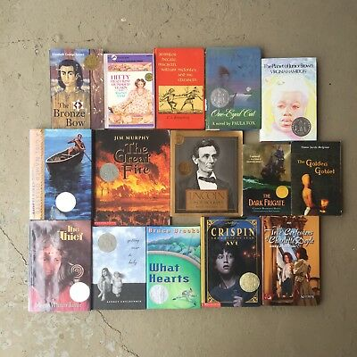 Lot of 15 Newbery Medal Books children's readers (Homeschool, teach, Bronze Bow)