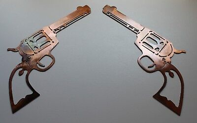 Pair of Colt 1873 Peacemakers Metal Wall Art Decor Copper/Bronze Plated