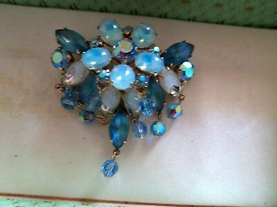 Stunning vintage Jewelcraft goldtone blue glass opaque glass articulated brooch