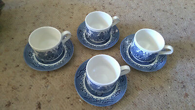 Set X 4 Cc Churchill Staffordshire England Blue Willow Cups & Saucers