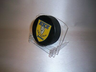signed puck / winning puck acrylic display stand ice hockey display collector
