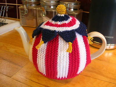 Tea cosy. Circus big top. Hand knitted. New. Red White and Blue.