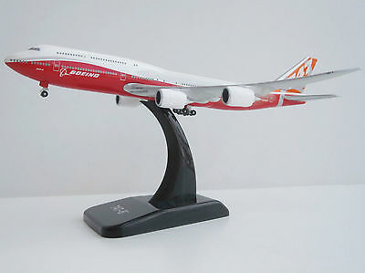 Boeing 747-8 IC Roll-Out-Colours 1/500 Hogan 8874 747 747-8i Intercontinental