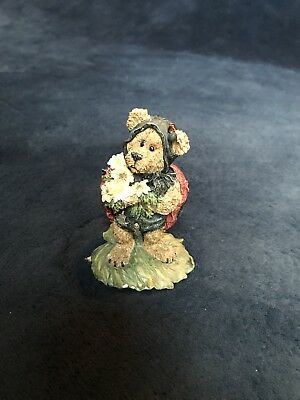 Boyds Bears Tweedle Bedeedle Stop and Smell the Flowers Ladybug Bear