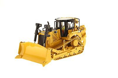 Caterpillar® 1:50 scale Cat D8T Track-Type Tractor - Diecast Masters 85299