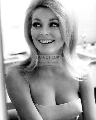 Actress Sharon Tate - 8X10 Publicity Photo (Ab-299)