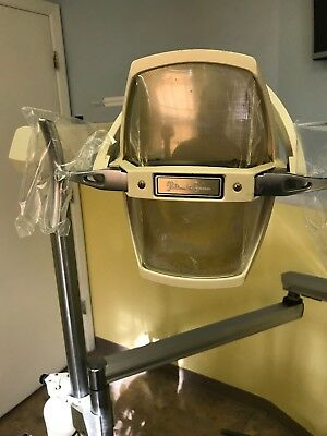 Belmont dental chair with MCC Delivery and Pelton and Crane light