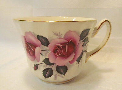 Royal Sutherland Staffordshire England Fine Bone China Tea Cup Pink Rose Floral