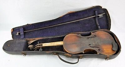 "Antique late 1800's Violin. Full size 4/4, 23"" long. V4.(BI#MK/171103)"