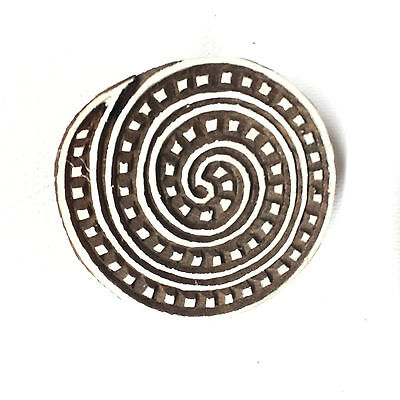 New  Beautiful Hand Crafted Customized Round Spiral Design Wooden Block Stamp